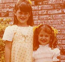 Jennifer Garner as a child with older sister Melissa.