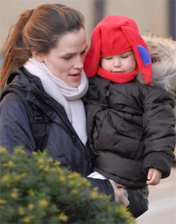 Violet Affleck 2007 Most Adorable Baby